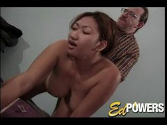 Curvy Oriental receives nailed